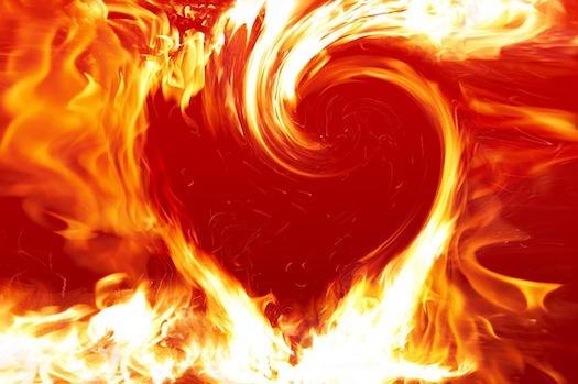 fire-heart-961194_640_1492727949